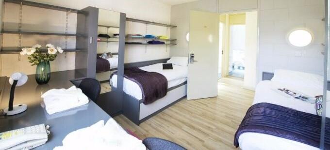 Twin Room 680×310